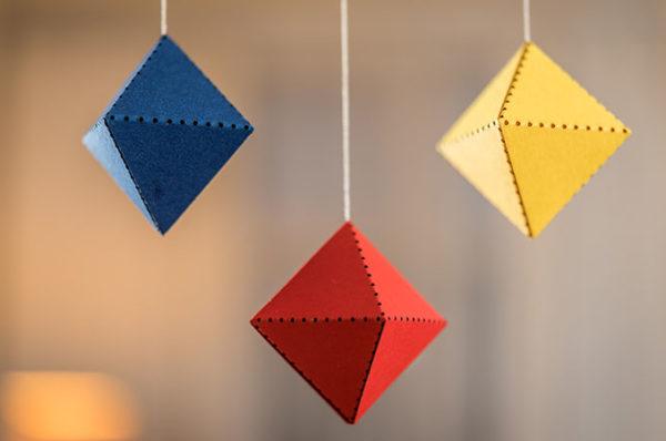 montessori závěsná dekorace (mobil) - Trio 3D (Octahedron)