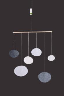 interiérová závěsná dekorace (mobil) - Mořské oblázky malé